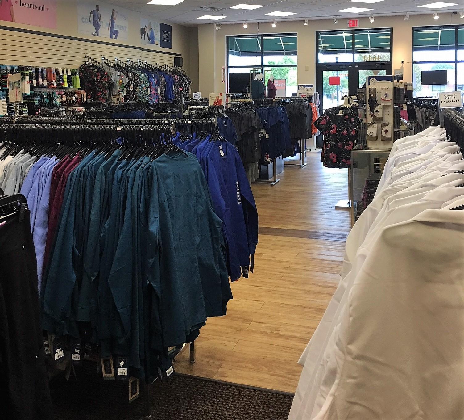 Chamberlain Lane/Highway 22 Cardinal Uniforms & Scrubs Lab Coats Solid Warm Ups